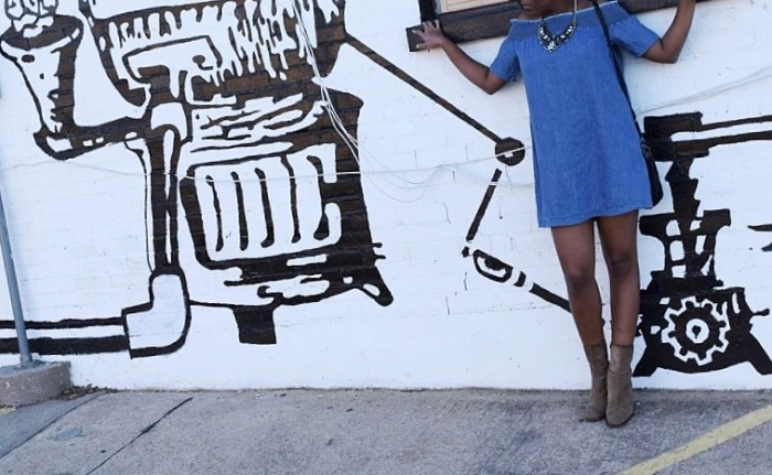 Jeans Dress Wall (2)